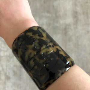 [PRICE DROP!] Tory Burch Tortoise Cuff Bracelet